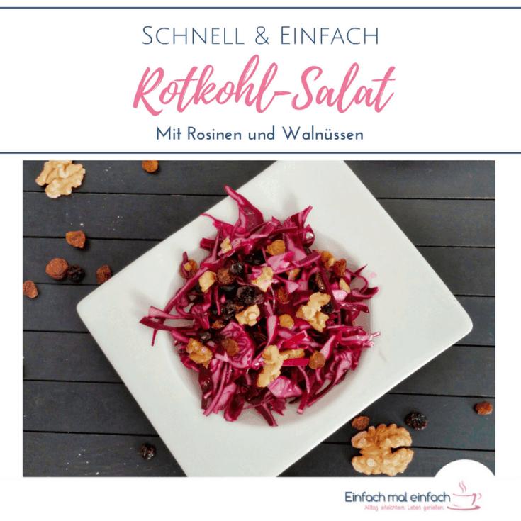 Wenn Du noch nach Ideen für den halben Rotkohl im Kühlschrank suchst, dann bist Du bei diesem Rezept für einen Rotkohl Salat genau richtig. Rohkost geht auch ganz anders, wie dieses vegetarische Rezept beweist - und dazu noch einfach und ganz schnell! Ich gebe Dir außerdem eine Anleitung, wie Du diesem Rohkost Salat in einen Salat im Glas umwandelst, damit Du schnell ein gesundes MIttagessen zum Mitnehmen bereit hast.