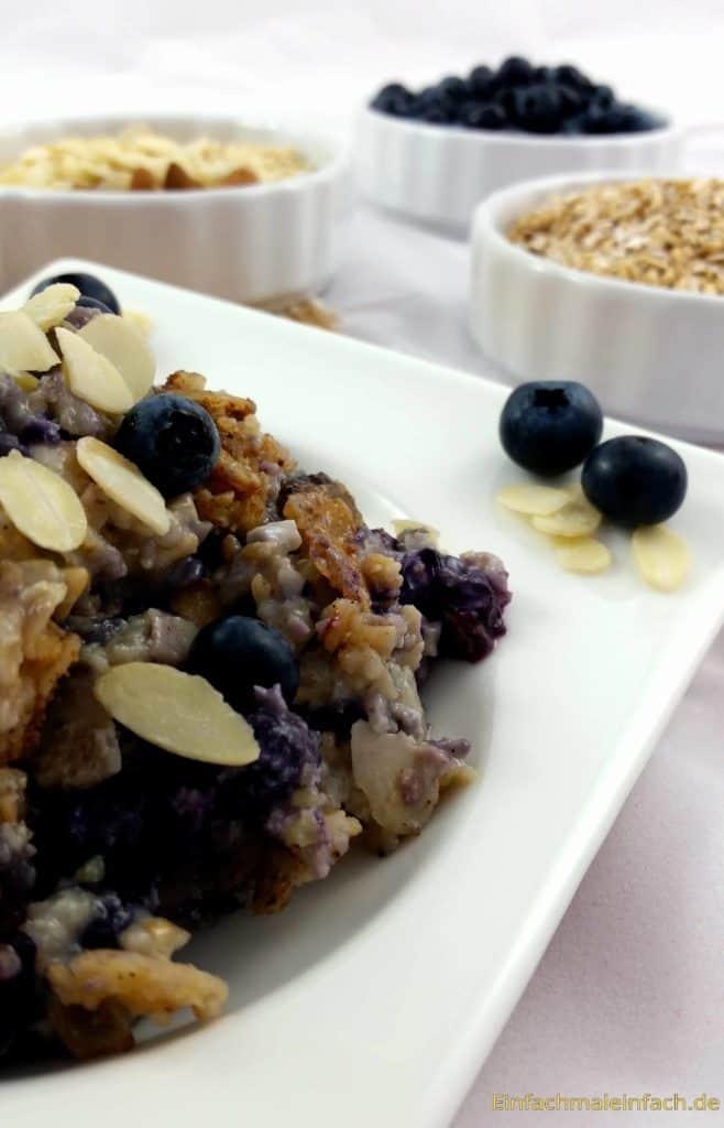 Warm, lecker und voller Nährstoffe ist dieser Frühstücksauflauf perfekt für einen guten Start in den Tag - oder wann immer der kleine Hunger kommt.