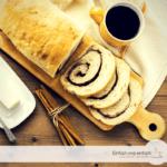 Schokoschnecken-Brot aus Hefeteig.