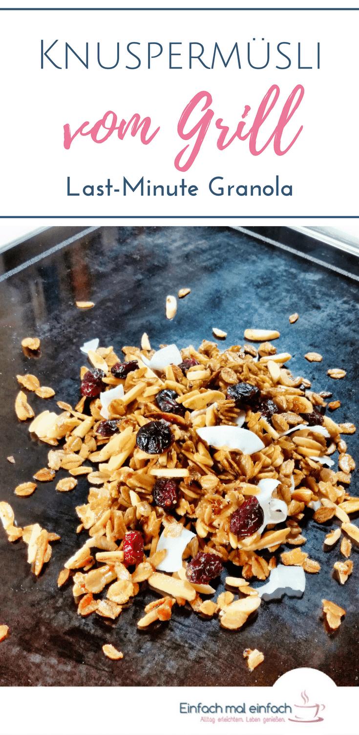 Knuspermüsli lässt sich auch ganz schnell in der Pfanne und damit sogar auf dem Grill selber machen. Selbstgemachtes Granola ohne heißen Ofen und langes Warten! #frühstück #granola #müsli #knuspermüsli #haferflocken #schnelleküche