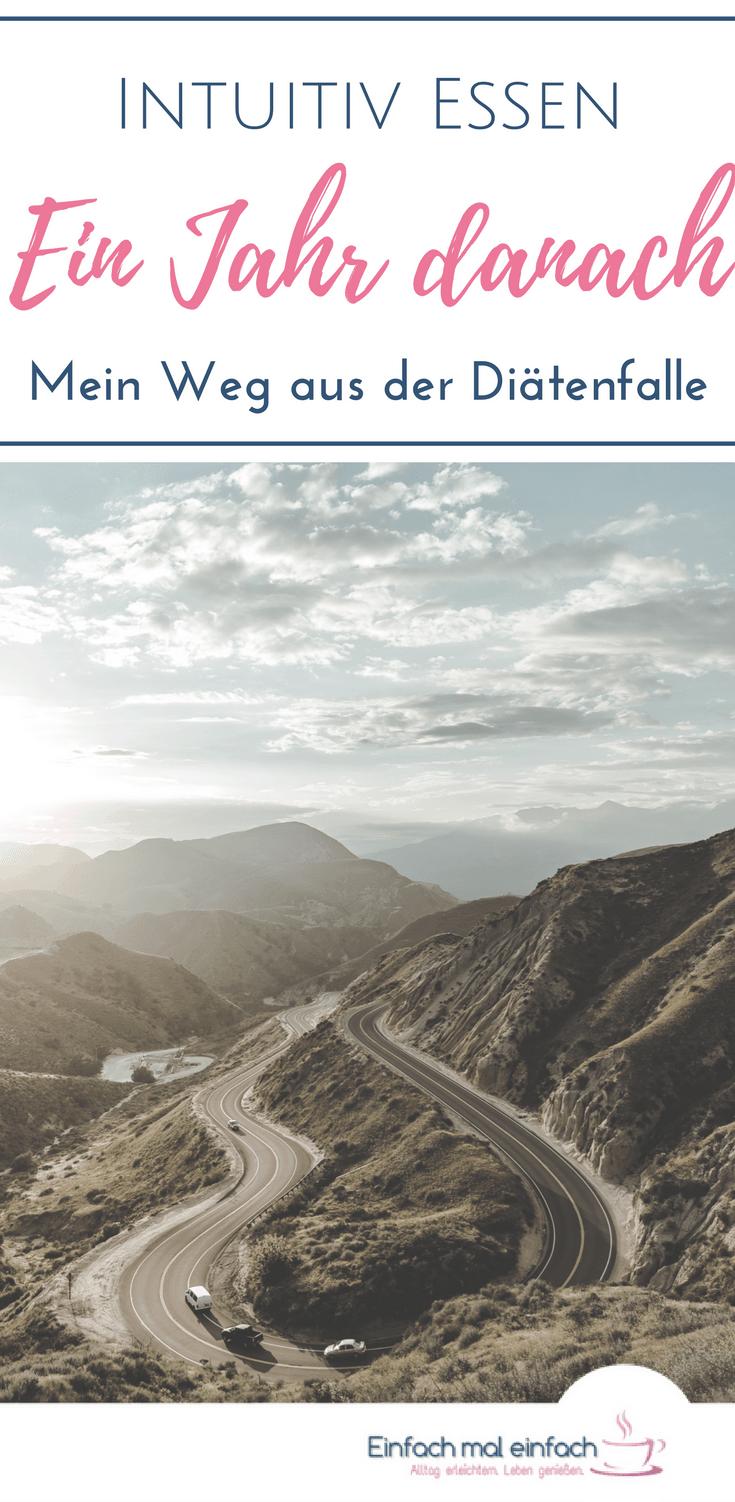 Verschlungene Bergstraße im Morgenlicht. Text: