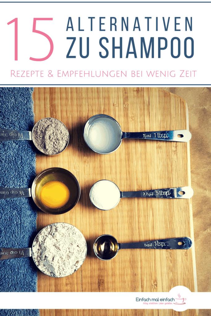"""Verschiedene Alternativen zu Shampoo in Messbechern. Text:""""15 Alternativen zu Shampoo - Rezepte und Empfehlungen bei wenig Zeit"""""""