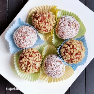Kuchentrüffel ODER: Cake Pops ohne Backen