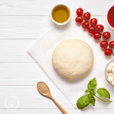 Schneller Pizzateig in 10 Minuten