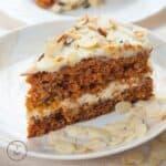 Saftiger Karottenkuchen - schnell & vegan